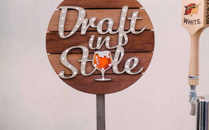 Draft In Style Bar Top Sign